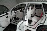Anderson Germany Porsche Cayenne Turbo White Dream Edition Widebody Breitumbau Sport SUV 4.8 V8 Interieur Innenraum Cockpit Fond Rücksitze