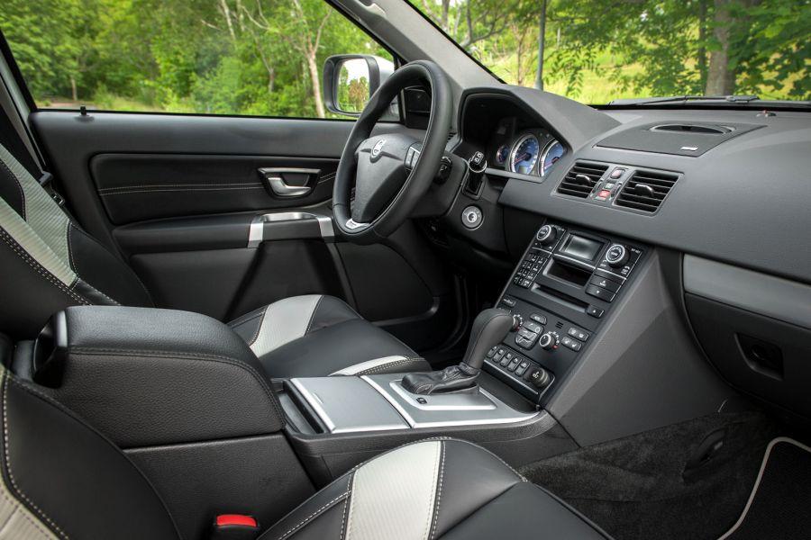 volvo xc90 polestar diesel power auf trab gebracht speed heads. Black Bedroom Furniture Sets. Home Design Ideas