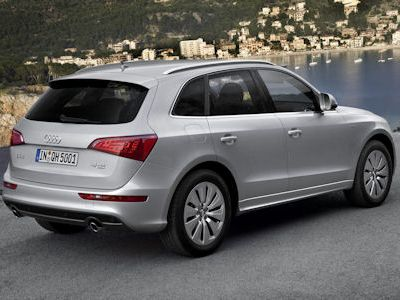 audi q5 hybrid quattro der permanent erregte sport suv. Black Bedroom Furniture Sets. Home Design Ideas