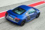 audi r8 5.2 v10 plus s tronic test - supersportwagen fahrbericht coupe leichtbau carbon heck seite