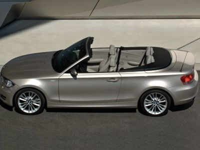 bmw 1er im modelljahr 2009 den premium charakter weiter. Black Bedroom Furniture Sets. Home Design Ideas