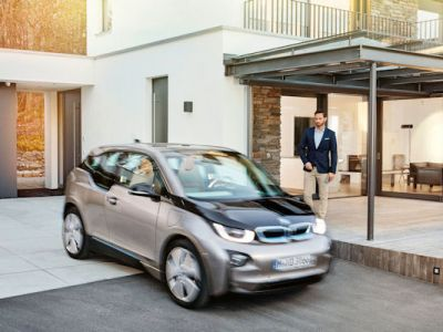 BMW Connected Smarthome Digitalisierung Haus Wohnung Auto Infotainment Vernetzung Smartphone App Smartwatch Smarthome Open Mobility Cloud Internet Allseen Alliance Mobility Mirror Spiegel AirTouch