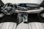 BMW i8 2015 Sportwagen Plug-in-Hybrid Elektromotor Dreizylinder Benziner Pure Impulse Experience Programm BMW i Pure Impulse Card Carpo Carumgrau Interieur Innenraum Cockpit