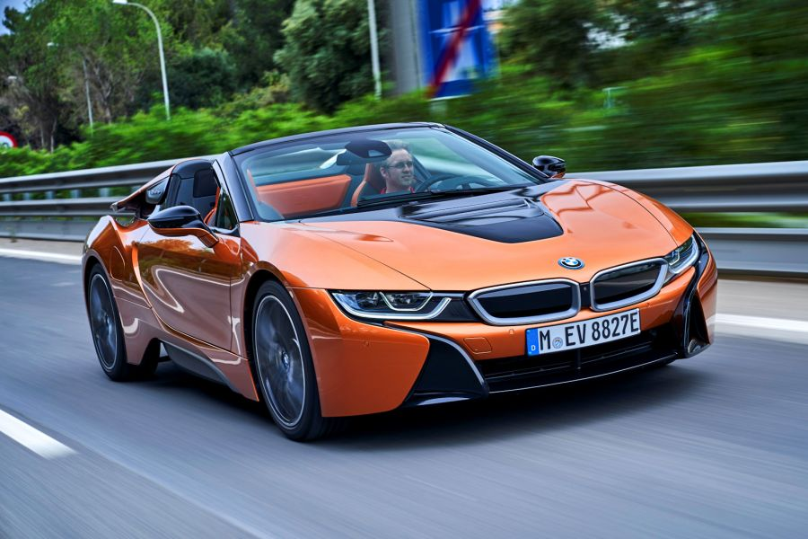 bmw i8 roadster 2018 test so spart er tausende euro ein. Black Bedroom Furniture Sets. Home Design Ideas