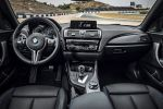 BMW M2 Coupe F87 Sportwagen Kompaktsportler 3.0 TwinPower Turbo Reihensechszylinder M DKG Doppelkupplungsgetriebe Drivelogic Connected Drive Driving Assistant Smartphone Internet App Interieur Innenraum Cockpit