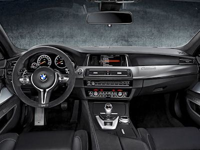 BMW M5 30 Jahre F10 Competition Paket 4.4 V8 Twin Power Turbo