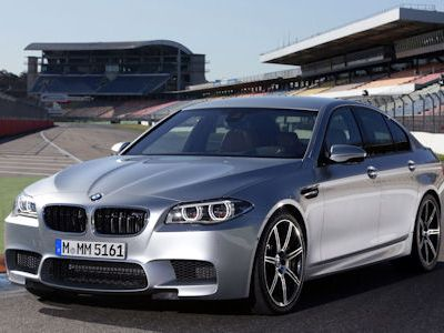 BMW M5 Facelift 2013 F10 Competition Paket 4.4 V8 Twin Power Turbo