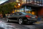 BMW M760Li xDrive 7er G12 Allrad V12 TwinPower Turbo Steptronic Sportgetriebe Luxus Limousine Heck Seite