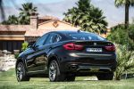 BMW X6 F16 2015 Crossover SUV Coupe Twin Power Turbo Benziner Diesel Steptronic V8 xDrive50i xDrive35i xDrive30d xDrive40d Reihensechszylinder Servotronic Fahrerlebnisschalter Sport Comfort Eco Pro iDrive Control Display Dynamic Performance Control BMW Connected Drive Apps Smartphone Internet Online Fahrerassistenzsystem Fahrerassistent Night Vision Driving Assistent Plus Surround View Heck Seite