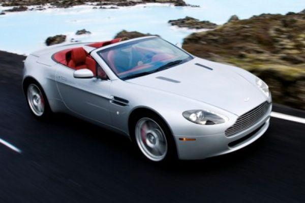 Britischer Sportler Geöffnet Aston Martin V8 Vantage Roadster Speed Heads