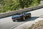 Eagle Jaguar E-Type Speedster - Ansicht Heck hinten Seite seitlich Kofferraum Rückleuchten Auspuff Felgen in Fahrt Fahraufnahme