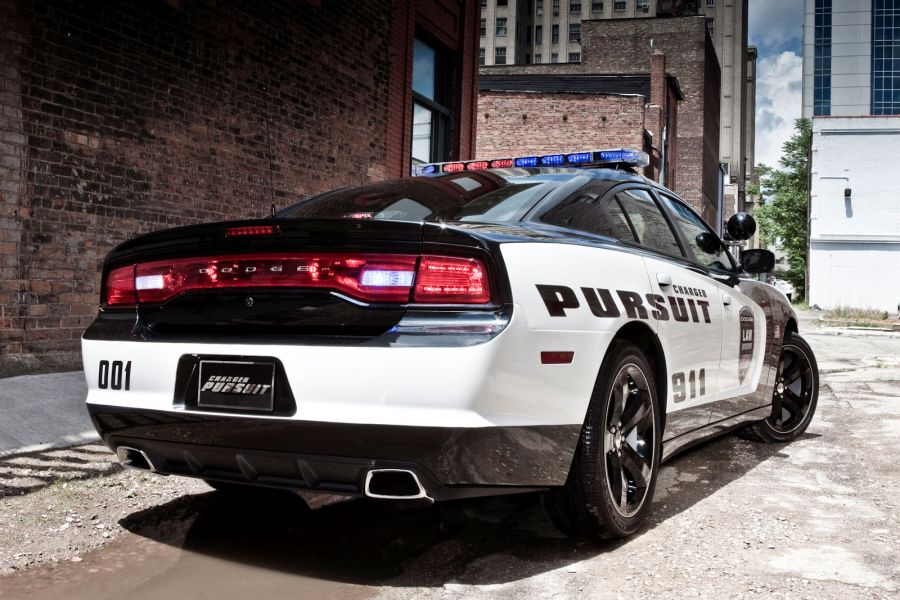 Dodge Charger Pursuit by Mopar: Pimp my Police Car - Speed Heads