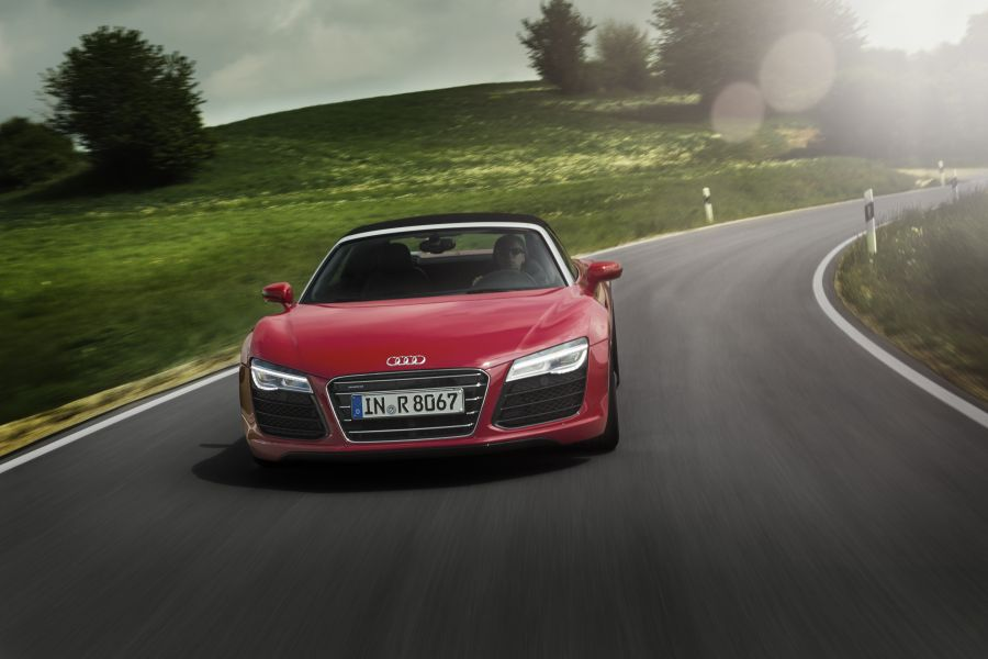 audi r8 v10 spyder test ferruccio 39 s heimliches findelkind speed heads. Black Bedroom Furniture Sets. Home Design Ideas