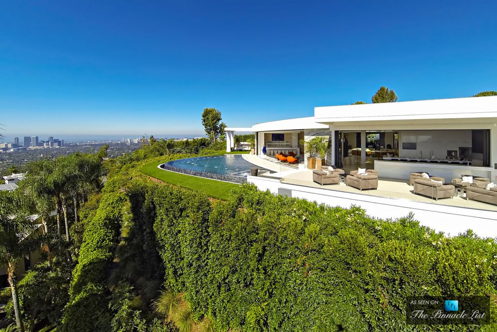 85 mio dollar villa mit praller luxus garage in beverly hills speed heads - Eleganter einrichtungsstil luxus beverly hills ...