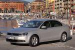 VW Jetta VI Test - Front Ansicht von vorne Seite seitlich silber Xenon Scheinwerfer