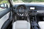 mazda cx-5 skyactiv-g 192 awd sports-line 2015 test facelift allrad kompakt suv i-eloop kondensator mzd connect touchscreen internet smartphone app probefahrt fahrbericht review verdict interieur innenraum cockpit