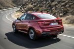 BMW X6 M50d F16 2015 Crossover SUV Coupe Twin Power Turbo Diesel Allrad Steptronic Servotronic Torque Vectoring Fahrerlebnisschalter Sport Comfort Eco Pro iDrive Control Display Dynamic Performance Control BMW Connected Drive Apps Smartphone Internet Online Fahrerassistenzsystem Fahrerassistent Night Vision Driving Assistent Plus Surround View Heck Seite