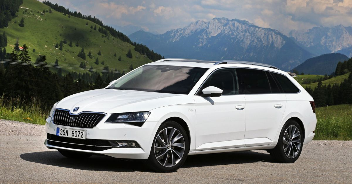 skoda superb combi l k test geheimtipp die neue luxus variante speed heads. Black Bedroom Furniture Sets. Home Design Ideas
