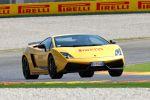 Pirelli P Zero Lamborghini Gallardo LP-570-4 Superleggera V10 Reifen Gummi Pneu Supersportwagen Front Ansicht