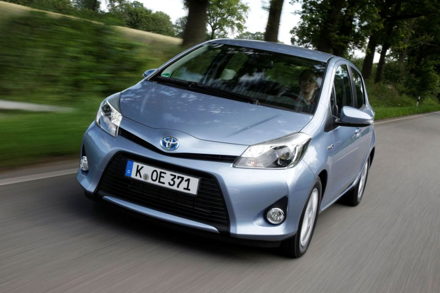 toyota yaris hybrid test das kleine genie als. Black Bedroom Furniture Sets. Home Design Ideas