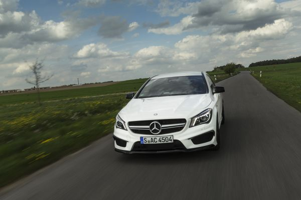 Mercedes CLA 45 AMG Test -