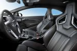 Opel Astra OPC Opel Performance Center 2.0 Turbo HiPerStrut FlexRide Interieur Innenraum Cockpit