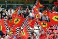Die Ferrari-Fans feiern ihre Scuderia auch, wenn es keinen echten Anlass gibt