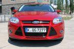 Ford Focus Turnier Test - Front Ansicht von vorne Frontschürze Frontgrill Kühlergrill Motorhaube Xenon Scheinwerfer