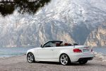 BMW 1er Cabrio Facelift Modelljahr 2011 Heck Seite Ansicht Air Curtains Efficient Dynamics Connected Drive 135i Reihensechszylinder Twin Power Turbo 118i 120i 125i 118d 120d 123d