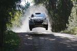 Hyundai i20 WRC World Rally Championship Rallye Weltmeisterschaft Rennwagen Test Front Sprung