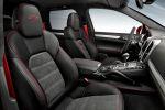 Porsche Cayenne GTS 2015 Gran Turismo Sport Performance SUV 3.6 V6 Biturbo Sport Chrono Paket PASM Interieur Innenraum Cockpit