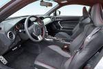 Subaru BRZ Test - Innenraum Sitze Sportsitze Cockpit Lenkrad Mittelkonsole Leder rote Nähte