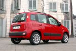 Fiat Panda 2012 Test - 0.9 TwinAir Lounge Zweizylinder Kleinwagen 3. Generation Squircle Eco Blue&Me TomTom Live Touchscreen Techno Style Heck Seite Ansicht