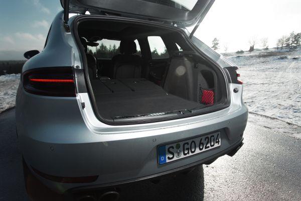 Porsche Macan Turbo Test - Kofferraum Heckklappe Kofferraum Volumen