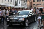 Lancia Thema To Rome with Love Woody Allen Luxus Limousine 3.6 V6 Pentastar Executive Platinum Gold Front Seite Ansicht