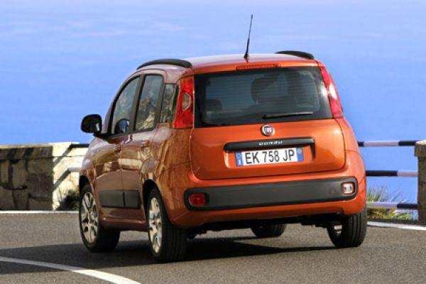 fiat panda more ausstattung rauf preis runter speed heads. Black Bedroom Furniture Sets. Home Design Ideas