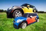 MINI Mini Elektroauto Olympia Stadion Rasen London Speerwerfen Diskuswerfen Hammerwerfen RC Car funkferngesteuert