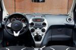 Ford Ka Black White Edition Titanium Kleinstwagen Stadtflitzer City-Flitzer 1.2 Vierzylinder Benziner Interieur Innenraum Cockpit