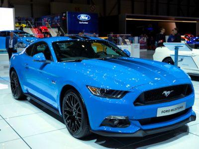 Ford Mustang Blue Edition Sondermodell Performance Fastback Muscle Car Pony Car Sportwagen 5.0 V8 2.3 EcoBoost SYNC 3 AppLink