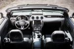 Ford Mustang Convertible Cabrio 2015 Muscle Car Pony Car Sportwagen 2.3 EcoBoost Interieur Innenraum Cockpit