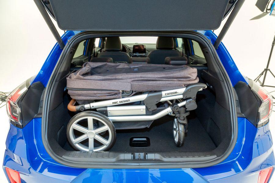 ford-puma-st-line-2020-statisch-kofferraum-kinderwagen-0096847-900x600.jpg