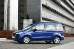 Ford Tourneo Courier 2014 Fiesta Basis Minivan Kastenwagen Lifestyle Familie Freizeitsportler TDCi Diesel EcoBoost Ambiente Trend Titanium Ladung Platz Raum Ford SYNC AppLink Seite