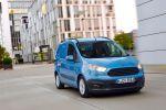 Ford Transit Courier Kastenwagen Nutzfahrzeug Ladung Platz Raum Gewerbe