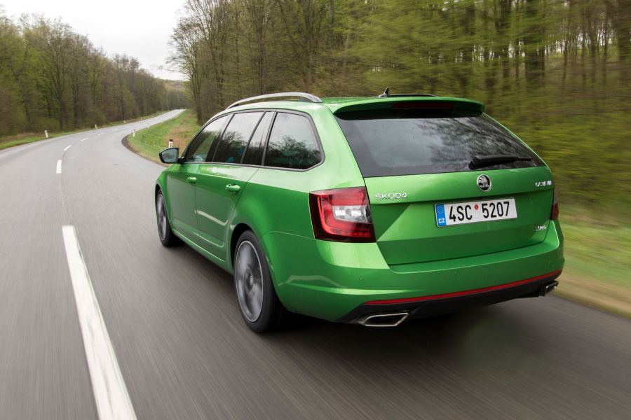skoda octavia rs facelift 2017 test das kann der golf gti. Black Bedroom Furniture Sets. Home Design Ideas