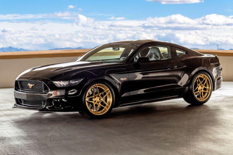 Galpin Ford Mustang Gt Orgie In Schwarz Und Gold Speed