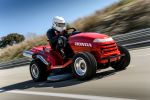 Honda Mean Mower schnellster Rasenmäher Guinness Weltrekord Front Seite