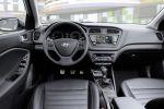 Hyundai i20 Active 2016 Kleinwagen Crossover Offroad Look 1.0 T-GDI Dreizylinder Turbo 1.4 CRDi Diesel Classic Trend Style Interieur Innenraum Cockpit