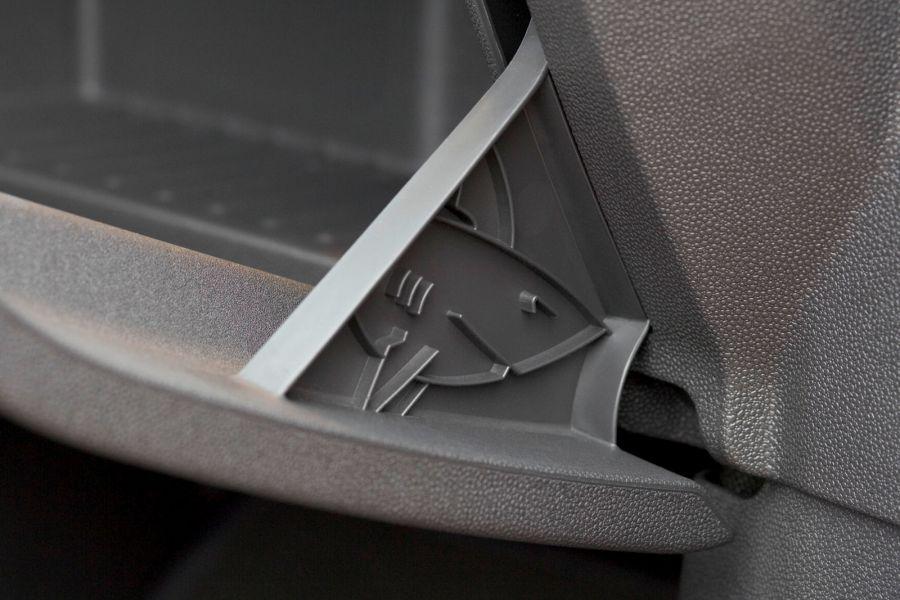 Alarm: Im Opel Adam, Corsa und Zafira Tourer sind Haie ...