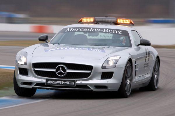 Mercedes SLS AMG Safety Car: Formel 1 erhält beflügelte Sicherheit - Speed  Heads