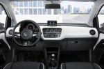VW Volkswagen up! White Kleinwagen City Take up Move up High up Happy Face 1.0 Dreizylinder Notbremsfunktion Maps More PID Box Interieur Innenraum Cockpit